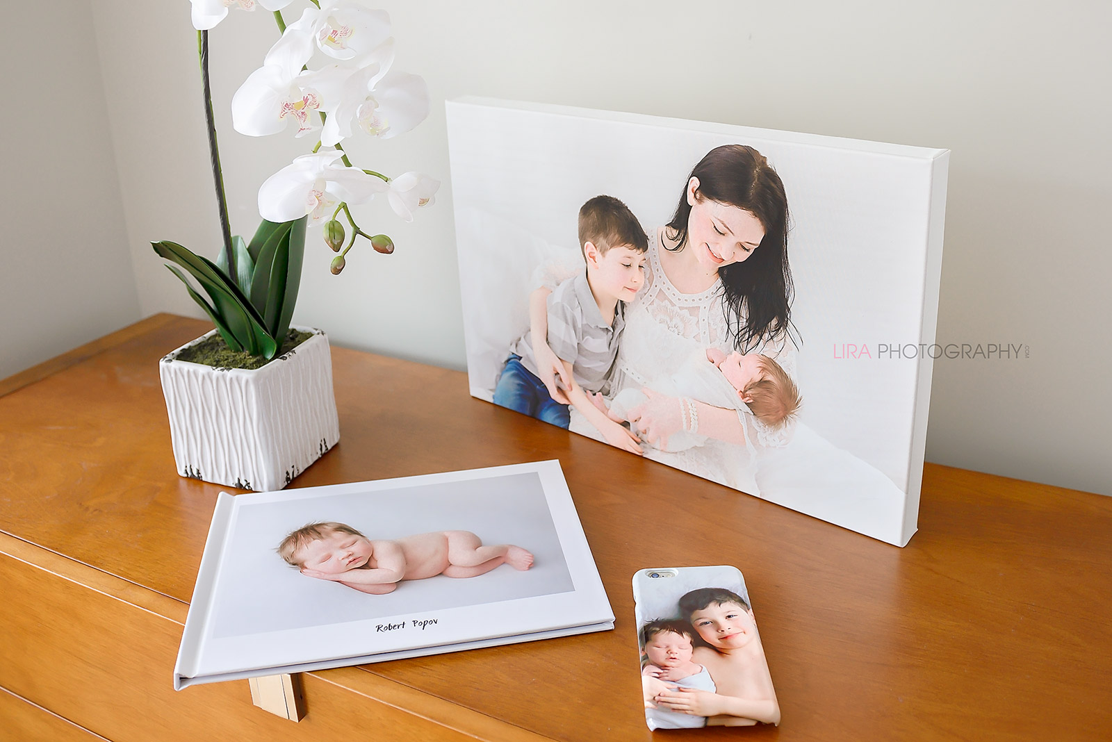 reasons-to-invest-in-a-newborn-photo-session5.jpg