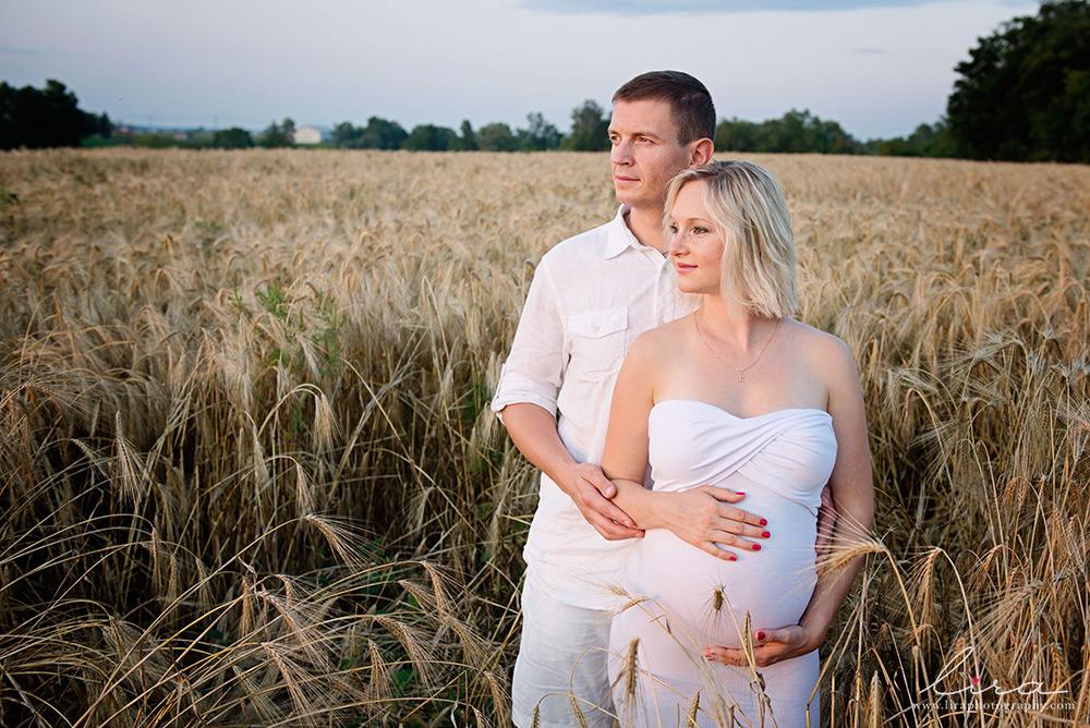 Maternity | Lira Photography | Montreal Maternity Photographer